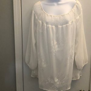 🏵Women's AB Studios off the shoulder lined blouse